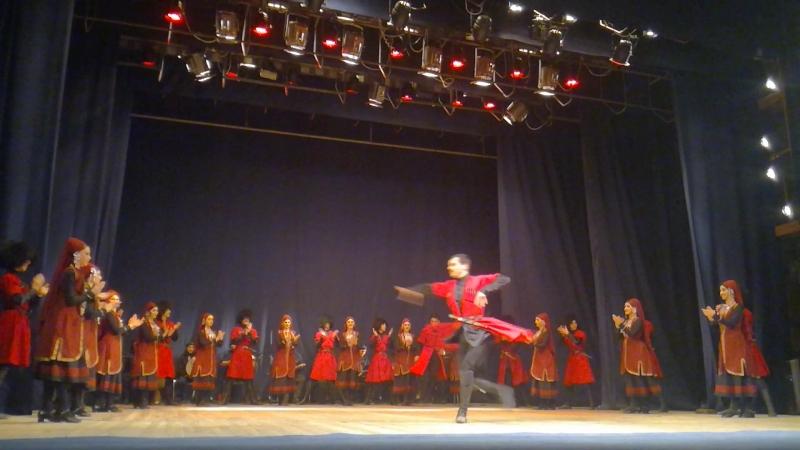 Прославленный коллектив Ансамбль грузинского танца
