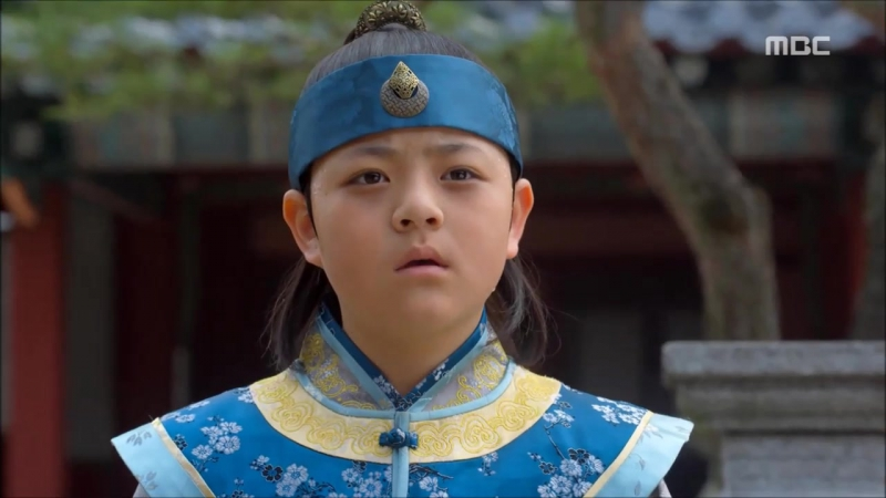 Маха покидает дворец. Последний разговор с императором и гвиби