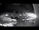 Поджог автомобиля «Митсубиси Каризма» во дворе дома 15/1 по улице Липовой попал в объектив камер наружного наблюдения