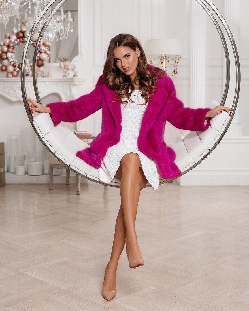 Bachelorette Russia - TBD - Season 2 - Discussion - *Sleuthing Spoilers* - Page 2 IKjnKJHIMxk