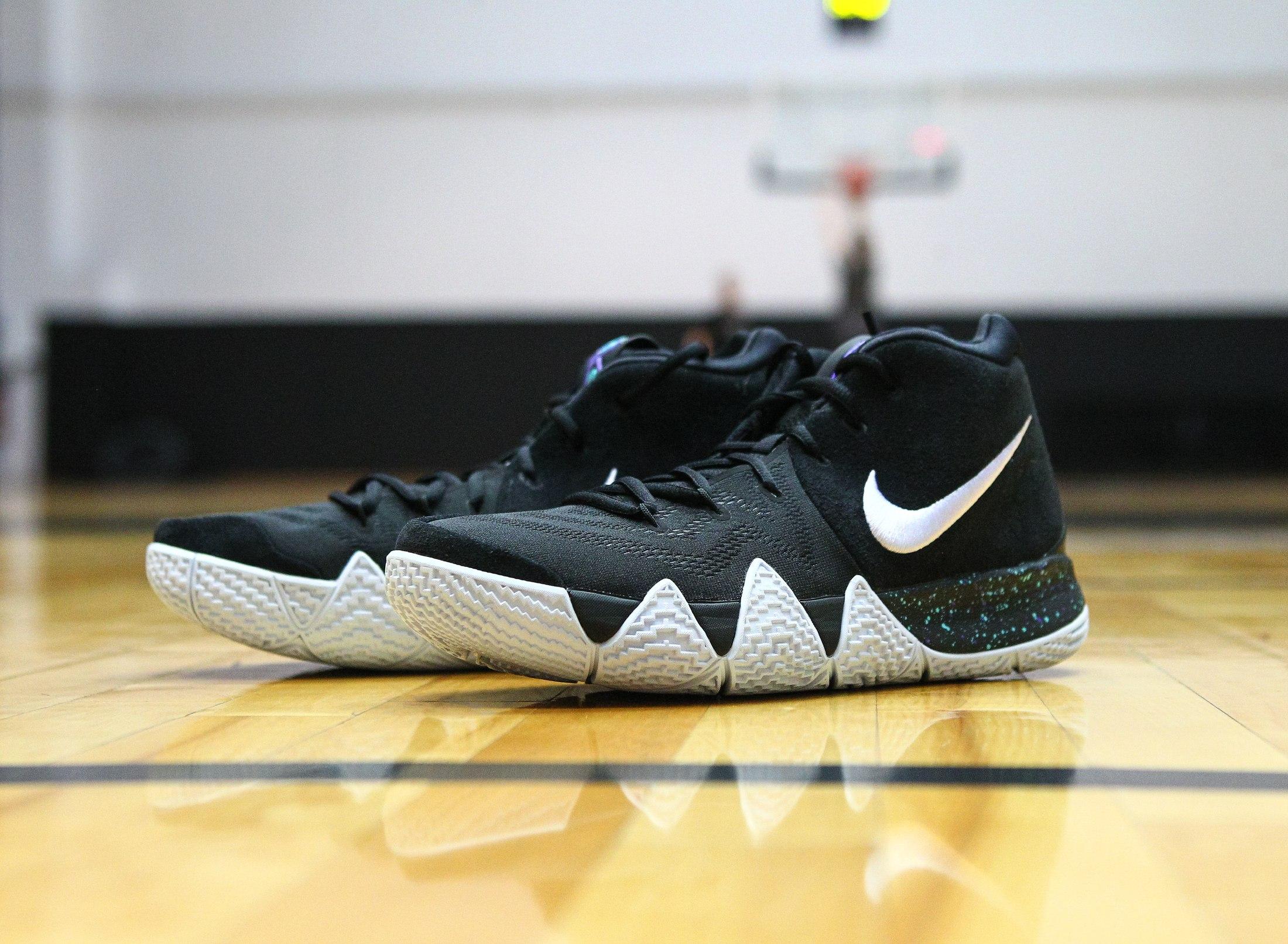 f0faecfc Ставлю все пятёрки Nike Kyrie 4 и вангую, что эти кроссовки станут супер  хитом этого сезона и до скидок не доживут.
