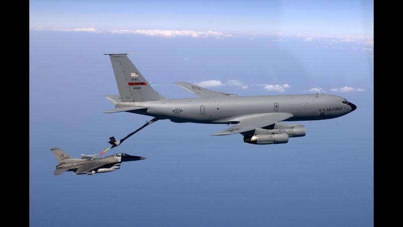 Знаменитые самолеты.Фильм 33.Boeing KC-135 Stratotanker