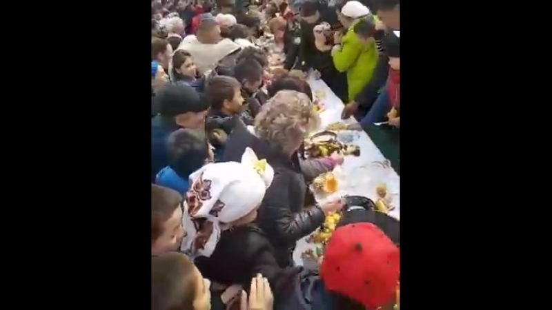 К чему привела бесплатная раздача еды на Наурыз (Город Алматы, рынок Кенжехан)