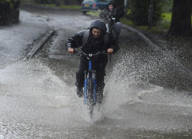 Никогда не используйте электро велосипед во время дождя и вот почему