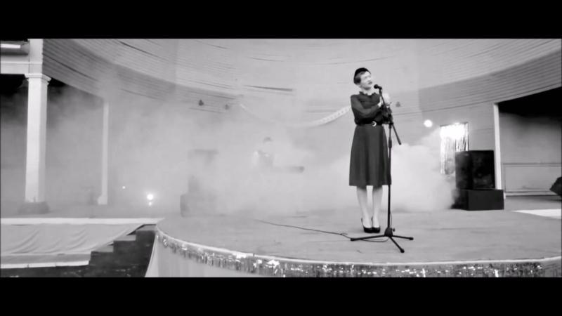 """фрагмент из х/ф «Карусель """"Ромашка""""» (реж. Я. Скопина; сцен. Е. Костькин, Я. Скопина)"""