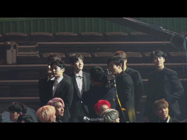 171115 EXO-Reaction to D.OYoona Win Popularity Award@2017 Asia Artist Awards[4K]