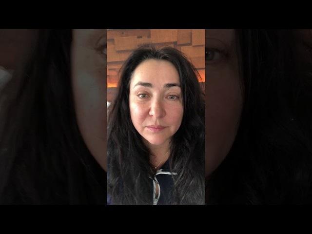 Лолита о ситуации Валентины Смирновой с чёрным риэлтором 25 11 2017 Сиэтл