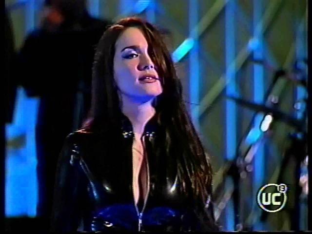 Natalia Oreiro Concierto Festival de viña del mar 2002 Chile Completo