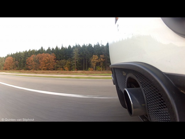 Maserati GranTurismo MC Stradale: PURE Sound! - Full Accelerations Downshifts