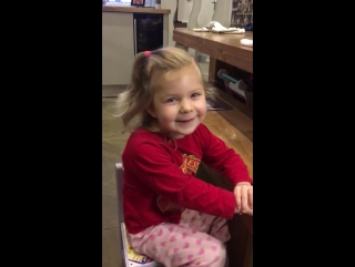 AMAZING: @JimboLee12's 3 year-old daughter names the @ManUtd squad and sings the Zlatan song. ???