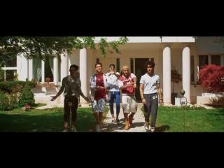 Riki Feat. CNCO - Dolor de Cabeza (Videoclip Oficial)