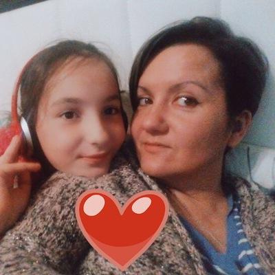 Анна Лавриненкова