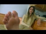 Princess Beverly   5 minutes of foot humiliation [VDownloader]