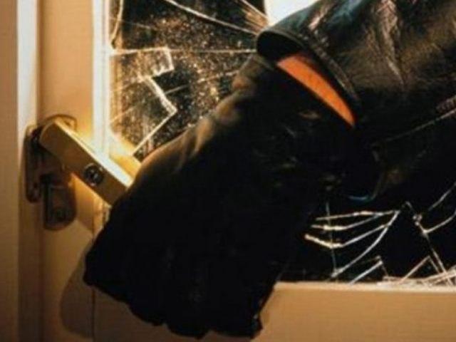 Двое жителей Зеленчукского района ограбили предприятие в Кардоникской