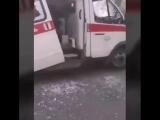 В Челябинске псих с дубинкой напал на медиков скорой помощи. Приехала полиция и успокоила его пулей