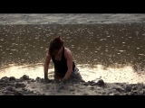 Fall into intertidal zone with red boots when the sea flood tide 2014 09 12