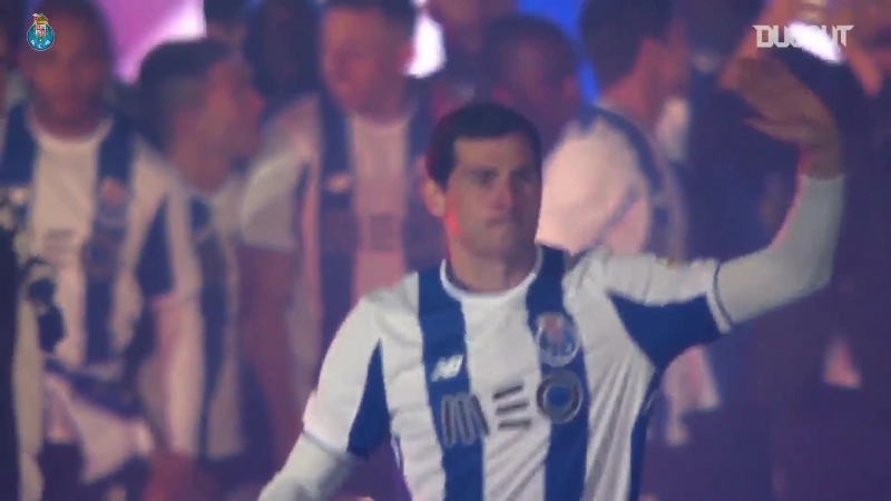 FC Porto Happy Birthday Iker Casillas Dugout