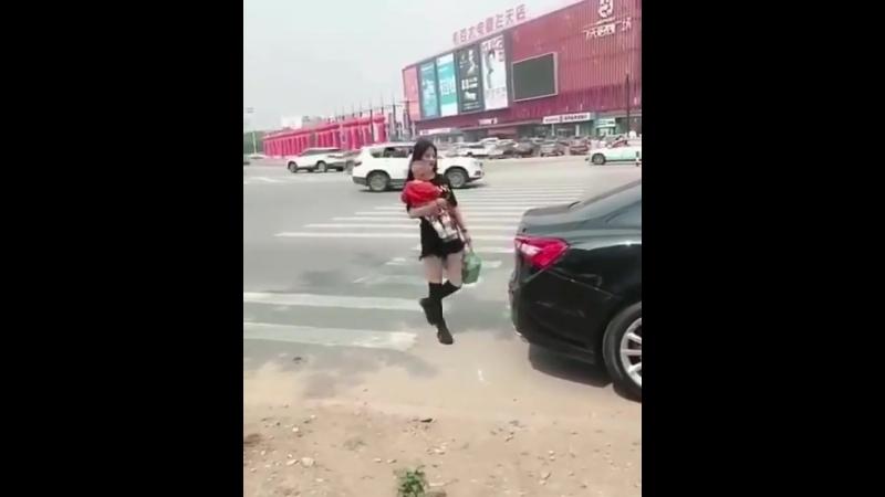 Кунг-фу мама )