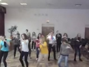 танец макарена -репетиция