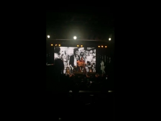 Yup there she is! Jessie's Girl... - Blue Ocean Music Hall Salisbury.mp4
