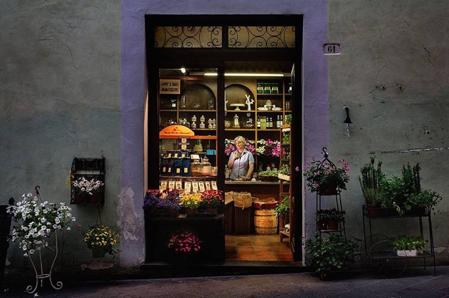Corner Shop Heroes project, photographer Francesco Pergolesi