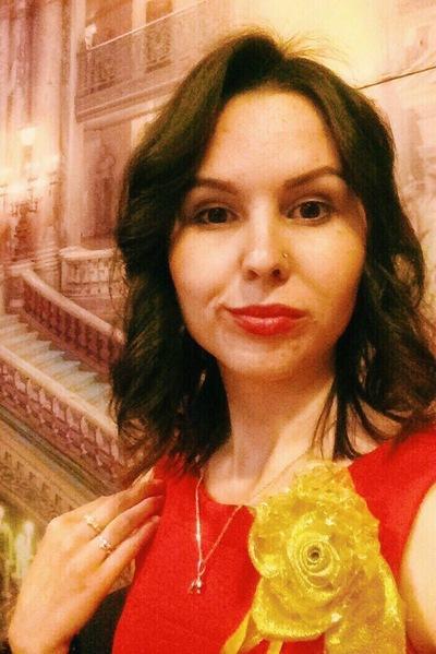 Анна Лазарева