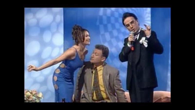 Ercan Akışık: Hülya Avşar'ın göğüsleriyle yatıp kalkıyoruz! (Hülya Avşar Show - 1996)