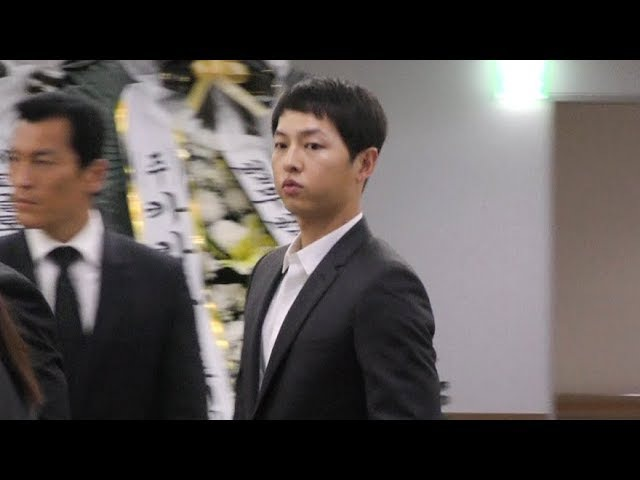' 故김주혁 조문 현장' 송중기 song joong ki Похороны Ким Джу Хёка