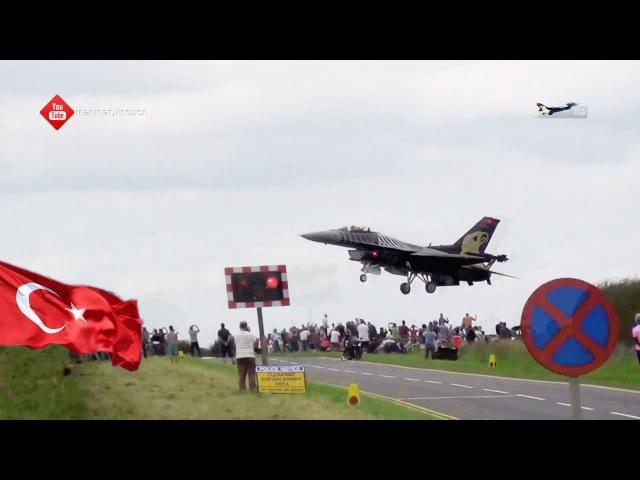 Dünyanın en iyi savaş uçağı inişini izleyin