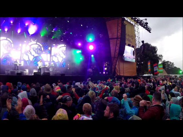 O.M.D finishes off this years Rewind Festival, Scone Palace, Perth 2015.