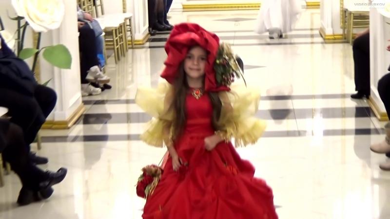 St.Petersburg Fashion Day - Kids Autumn Show - Ангелина Голдберг