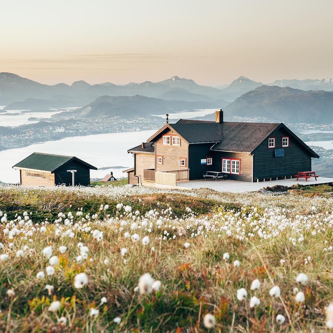 Роскошные пейзажи Норвегии - Страница 5 ORcbZvcZhFI