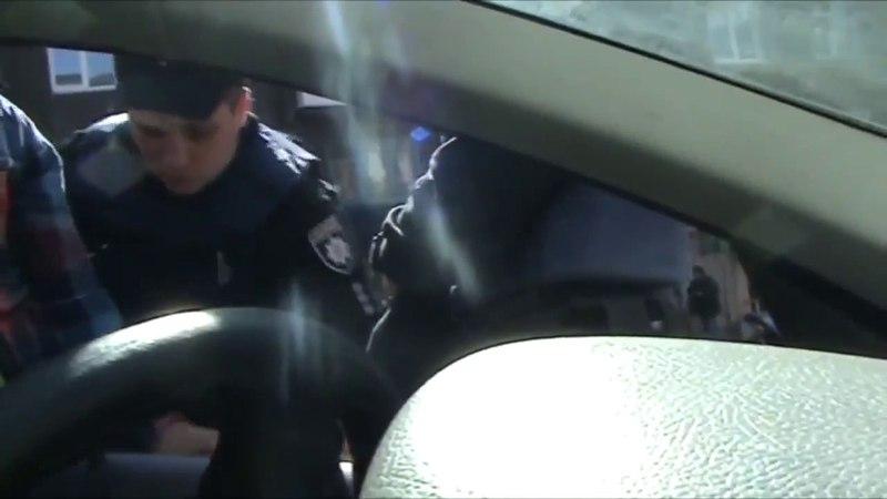 Неправомірні дії поліцейських