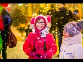 Прямая трансляция с площадок фестиваля «Путешествие в Рождество»: салют и спектакли «Большого театра» и «Театра нации»