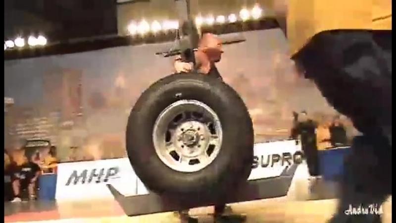 И немного Истории 💪 Коромысло в 500 кг на АК - 2009 в исполнении легендарного Видаса Блекайтиса, лучший результат соревнований 💪