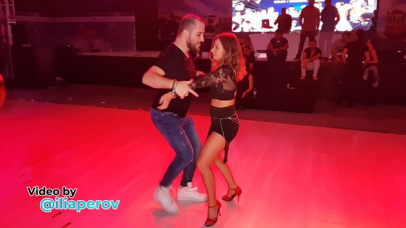 Social dancing at Istanbul Dance Festival, friday 30032018