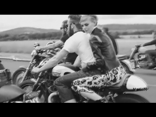 Chris Rea - Road To Hell (moto)