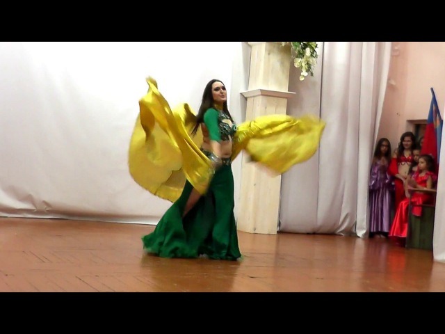 Natalia Lorem show tabla solo COOL