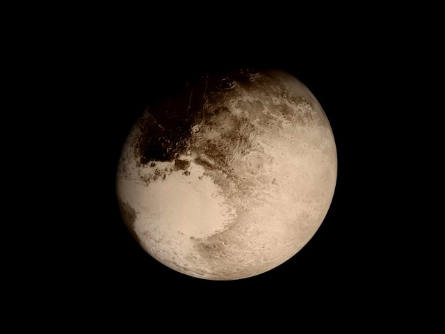 NASA Releases Amazing Video Of Descent To Pluto By New Horizons. (Space News)