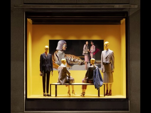 Gucci в Instagram: «Resembling an artwork in a gallery, the new window display presents a bench facing the screen on which colored velvet-covered m...