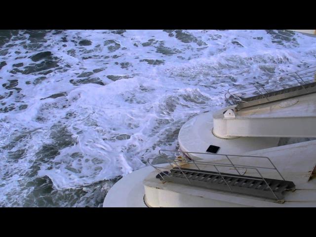Wavestar harvesting ocean power: Pavg = 27-28[kW] per float. Significant wave height Hs = 2.25[m]