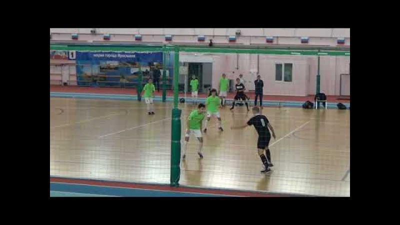 СШ 13-3 (Ярославль) - Радий (Н.Новгород). 1 тайм (2017-11-14)