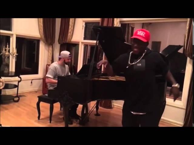 Jerry Purpdrank piano