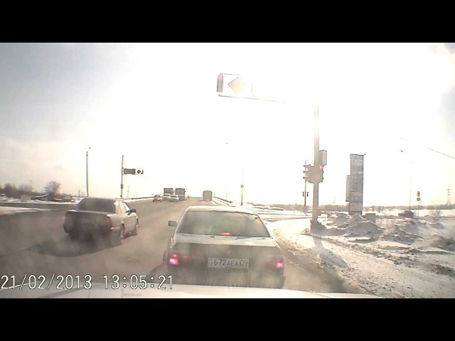 Авария на Пришахтинском мосту 21.02.2013 Маз и Приора