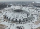 На футбольном поле стадиона Самара Арена сооружают парник