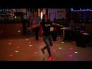 Красивая девушка от души танцует лезгинку 👀