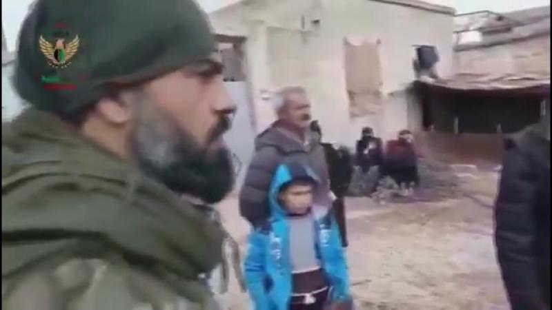 Протурецкие боевики в занятых курдских селах