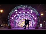 Танец ночью в снегопад под Sia - Im in here (оригинал)