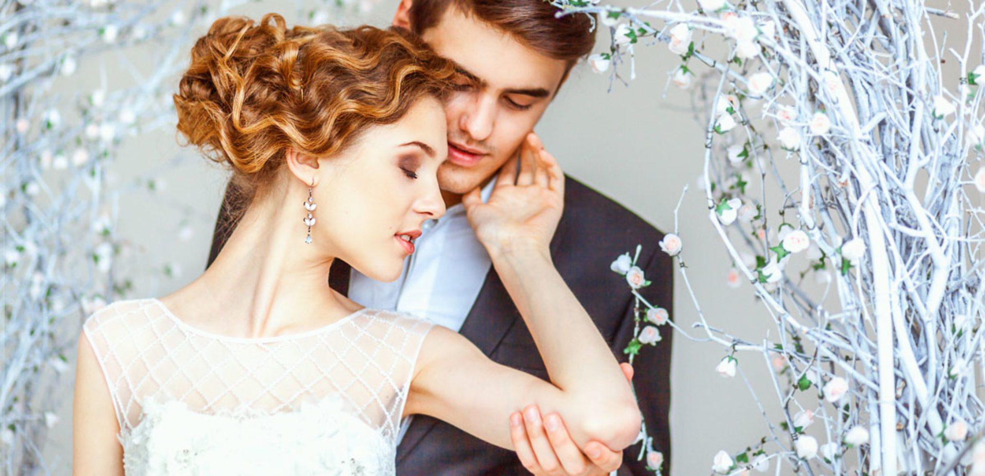 YIYPstg1ajE - Свадебный букет: портбукетница или обычный вариант