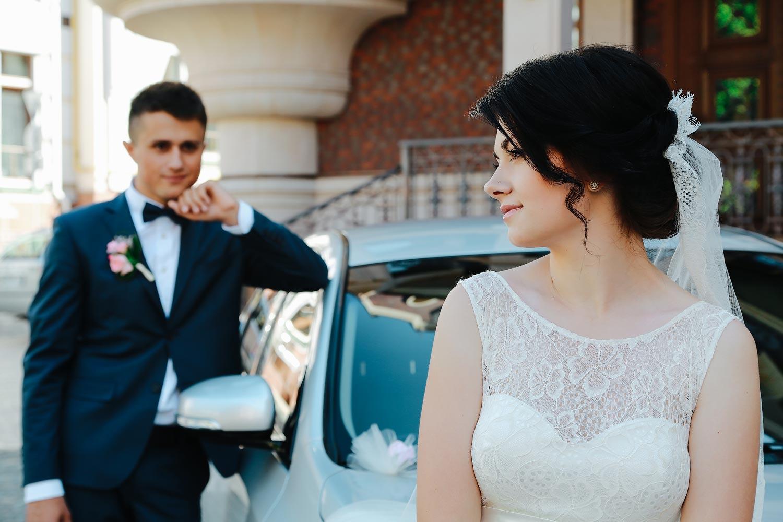 YOIW57R 9hk - Свадебный букет: портбукетница или обычный вариант